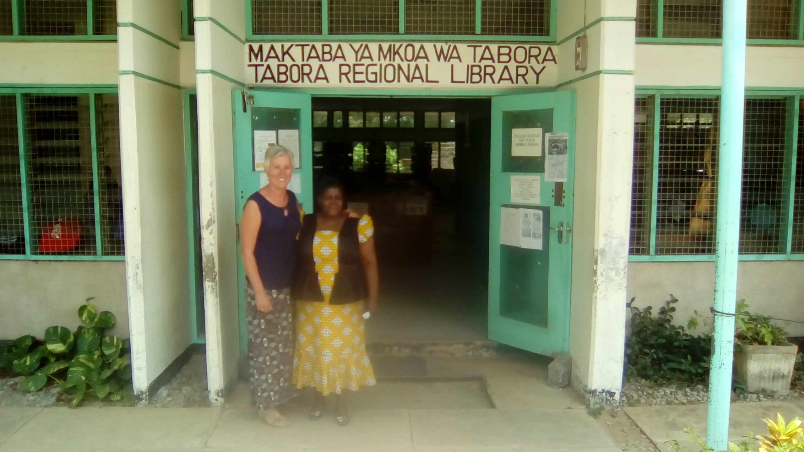 Visit to the library of Tabora